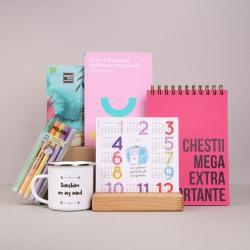 Pachet-cadou-de-dezvoltare-emotionala-cu-mini-agenda-si-calendar---Sunshine-on-my-mind_prezentare-produse